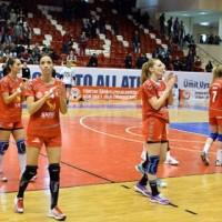 Muratpa�a Belediyespor finali ka��rd�